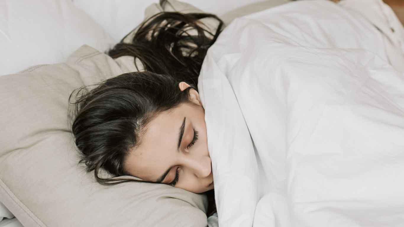 sleep with wig